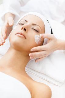 zabiegi na twarz wykonywane w salonie kosmetycznym Avanti w Żywcu